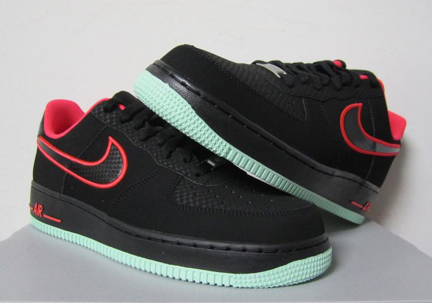 82b52cc18eb Nike Air Force 1 Low - Black - Laser Crimson - Arctic Green -  SneakerNews.com
