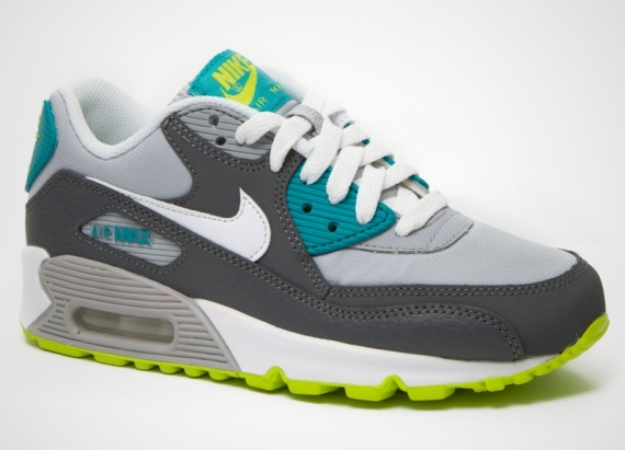 taille 40 c82fb d6116 Nike Air Max 90 GS - Grey - Blue - Green - SneakerNews.com