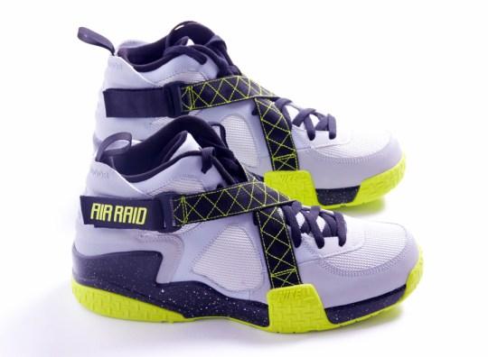 Nike Air Raid – Wolf Grey – Venom Green