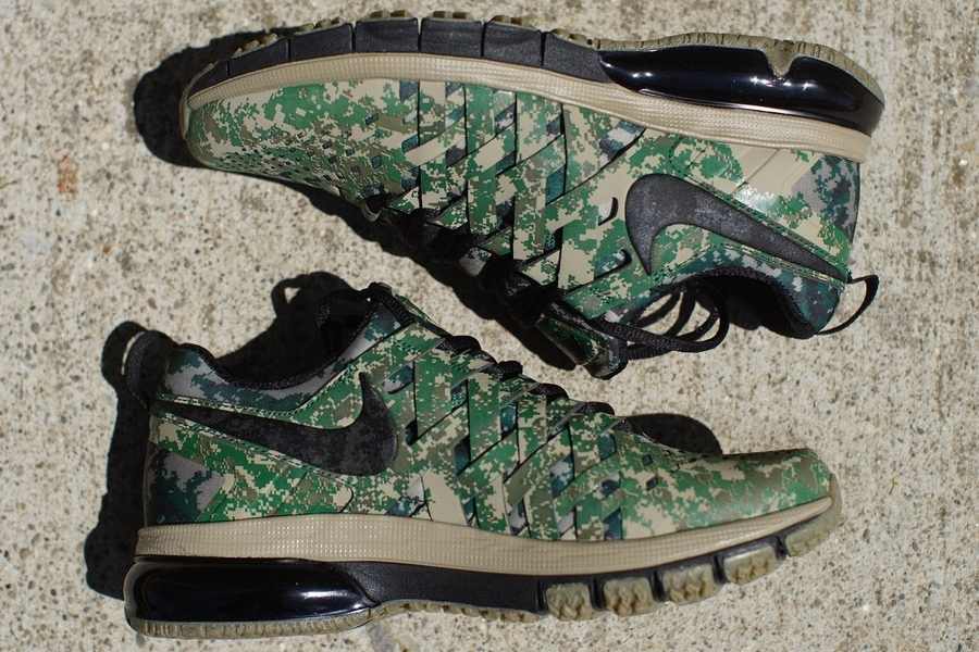 new styles 002b6 22124 Nike Fingertrap Max NRG