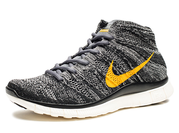Nike Free Flyknit Chukka SP Available