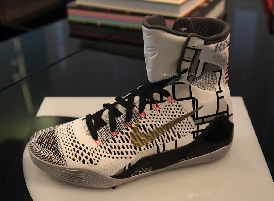 premium selection bea95 530cb Nike Kobe 9 Elite