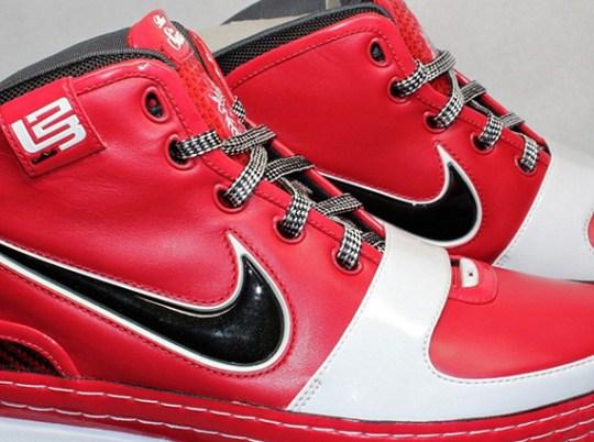 "Nike LeBron 6 ""Shooting Stars"" PE on eBay"