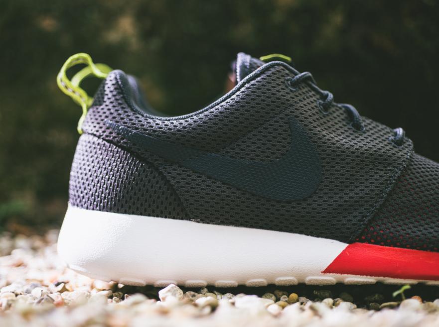 Run Roshe Anthracite Anthracite Run Roshe Nike Available Available Nike Available Anthracite Run Nike Roshe IgqwHH
