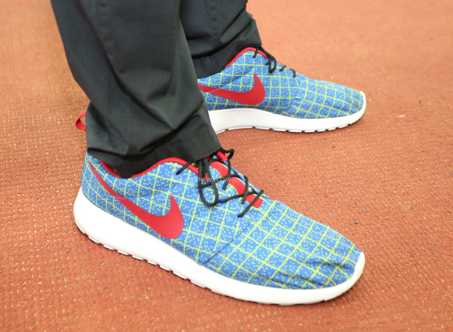 "Nike Roshe Run - Unreleased ""Nike Tech"" Promo Sample"