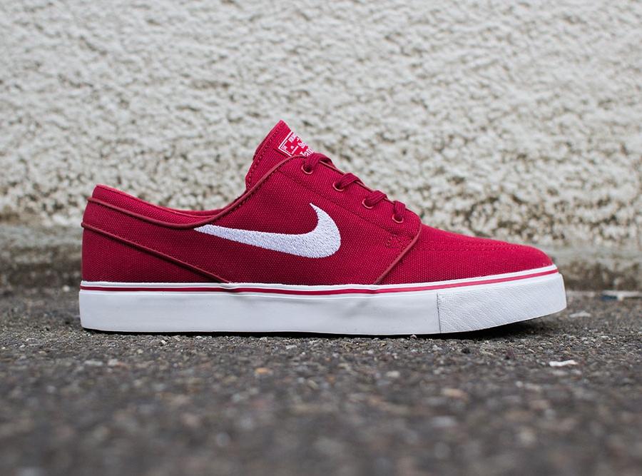 new product 1edb0 29f82 Nike SB Stefan Janoski – Varsity Red – White – Black