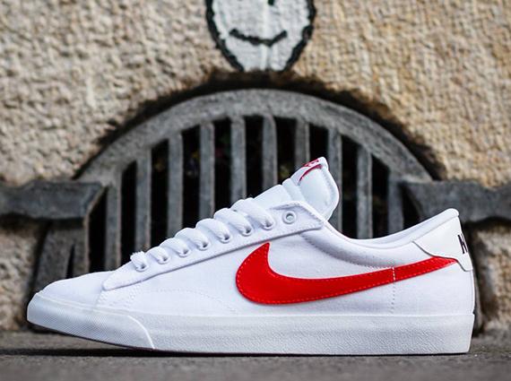 zapatos de temperamento estilos frescos sitio web para descuento Nike Tennis Classic AC - White - University Red ...