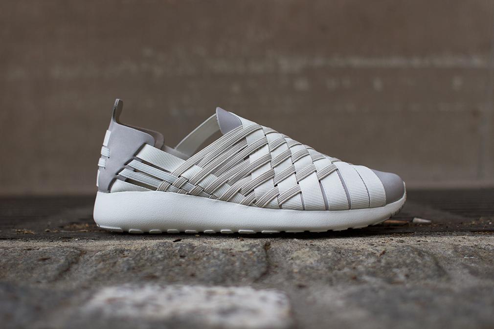 Nike Roshe Run Woven Grey White