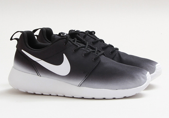 Nike Roshe Run Black And White Fade