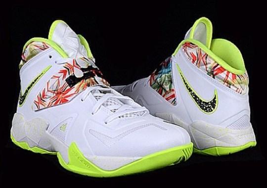"""Nike Zoom LeBron Soldier 7 """"King's Pride"""" + """"Heat"""""""