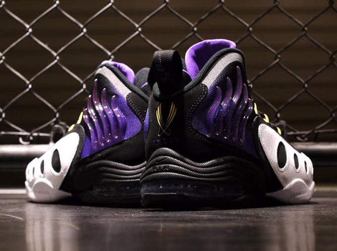 online retailer 1bb1b 22cc3 Nike Zoom Sonic Flight – Black – Purple – Yellow