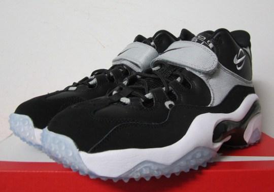 6650d382699d Nike Brings Back Barry Sanders' Zoom Turf