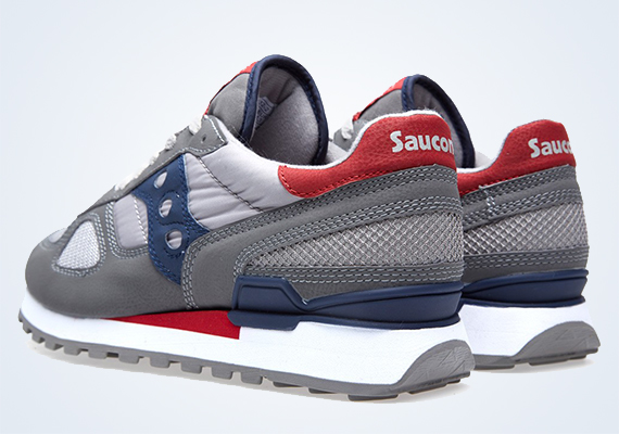 White Mountaineering x Saucony Shadow Original – Available
