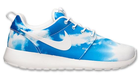 cb7fdab5dba3 Nike Roshe Run