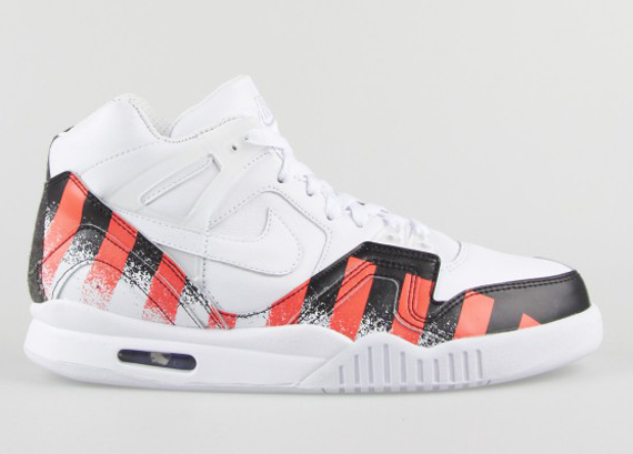 "new product 2d302 c03f4 As was initially speculated, the Nike Air Tech Challenge II ""French Open""  will indeed be arriving at additional retailers. In fact, the pair looks  like it ..."