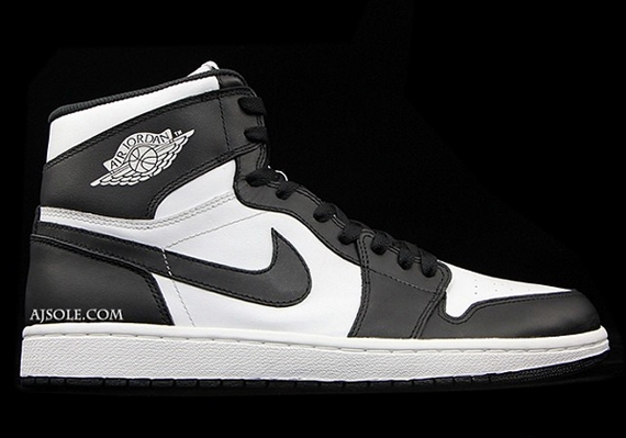 "How long before the entirety of the original set of Air Jordan 1s are  brought back out with the ""Nike Air"" on the tongue  Although Jordan Brand  has been ... d54abc21aeb5"