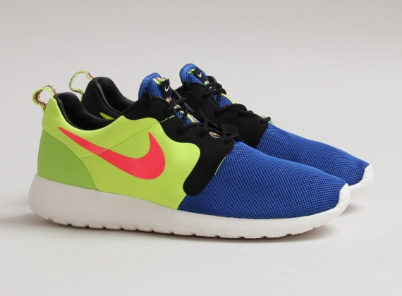 Nike Roshe Run Magista Collection