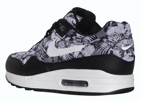 a992d82190550 The Nike Air Max 1 has been spotted with floral prints plenty of times in  recent history thanks to that model s frequent selection for the Liberty ...