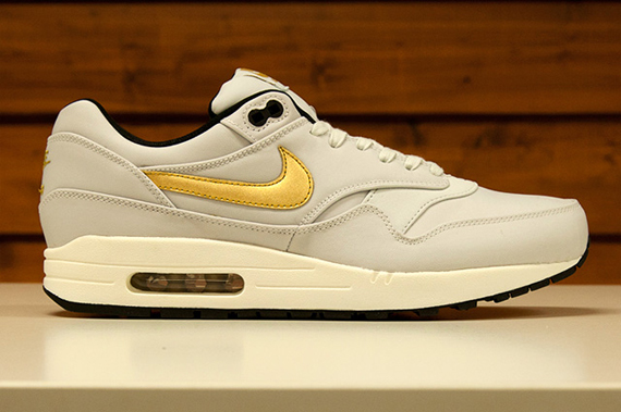 nike air max 1 gold trophy nz