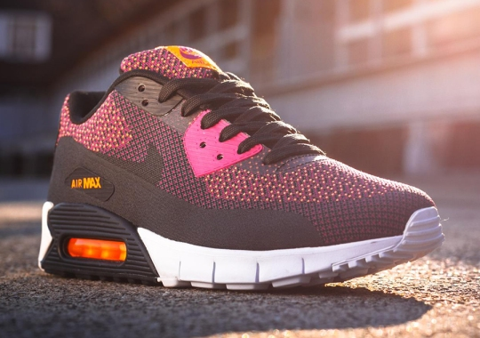 Nike Air Max 90 Jacquard – Bright Magenta – Black – Total Orange