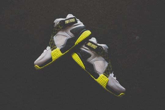"Nike Air Raid ""Venom Green"" – Available"