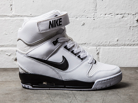 nike air max revolution sky high