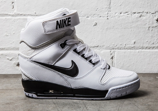 Nike Air Revolution Sky Hi – White – Black