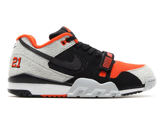 nike air trainer ii safari tribute to barry sanders. Black Bedroom Furniture Sets. Home Design Ideas