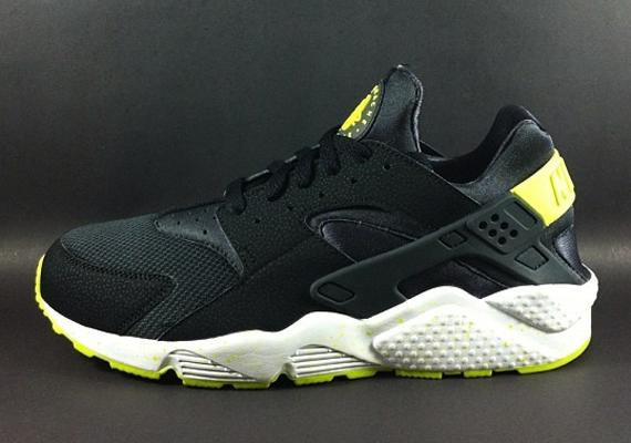 reputable site 4cb67 774d2 Nike Air Huarache LE - Upcoming 2014 Preview - SneakerNews.com