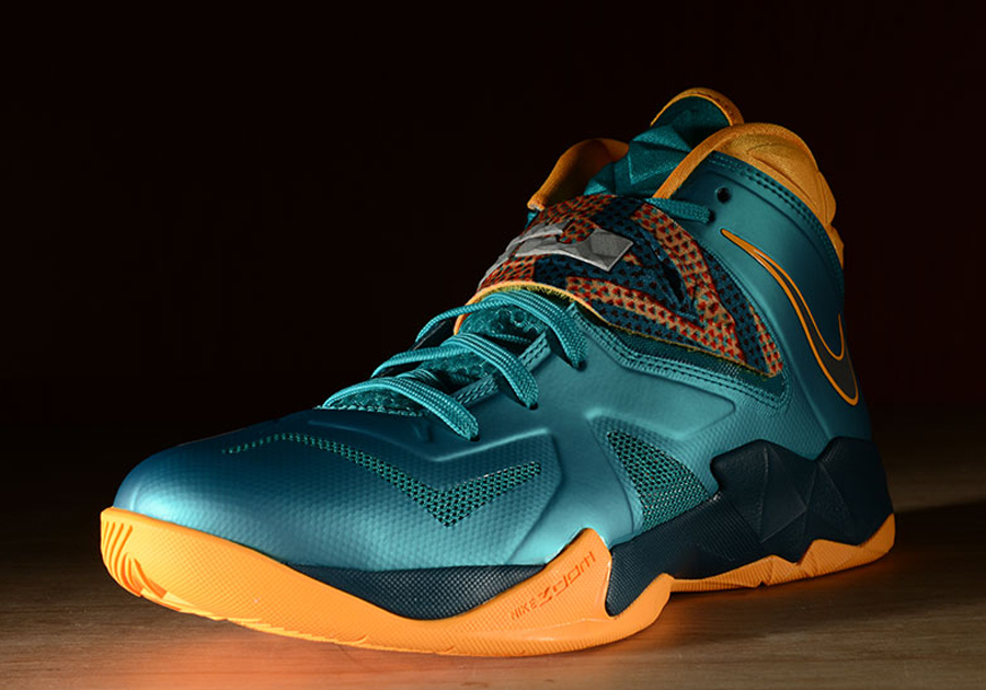 07d1b82e2ffef Nike LeBron Soldier 7 - Turbo Green - Atomic Mango - Nightshade -  SneakerNews.com