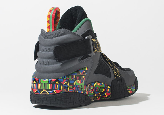 Nike Air Raid Peace