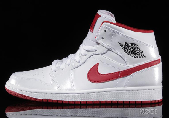 air jordan retro 1 red and white