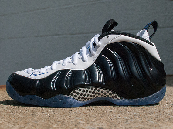 "pretty nice 005e5 c3b56 Nike Air Foamposite One ""Concord"" – Arriving at Retailers"