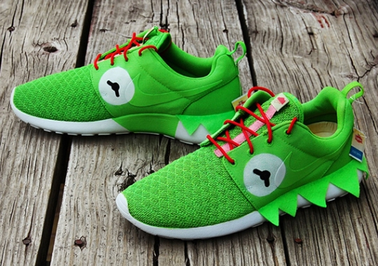 "Nike Roshe Run ""Kermit Meme"" Customs by Gourmet Kickz"
