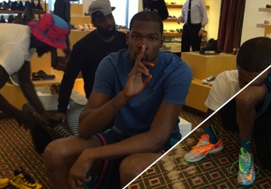 Kevin Durant Goes Shopping in the Nike What The KD 6