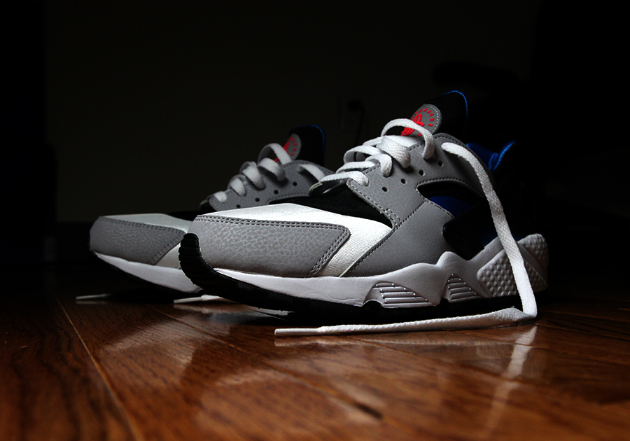 Nike Air Huarache LE Available at Champs