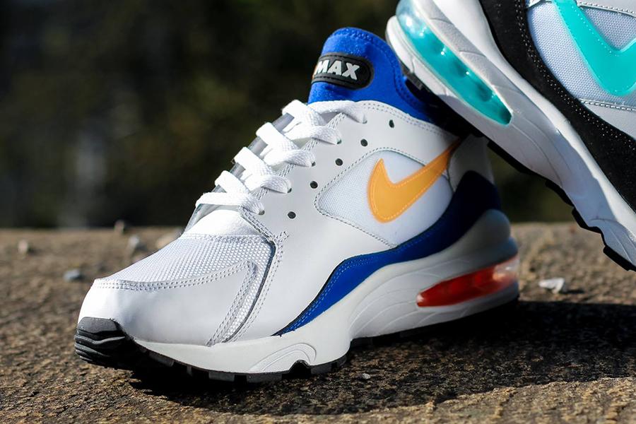 Nike WMNS Air Max 90 | Ice Blue & Hyper Blue OG EUKicks