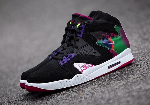 sports shoes 04701 e87ff Andre Agassi has shown that hes absolutely behind the retro treatment of  sneakers like the Nike Air Tech Challenge II with his social media  flaunting of ...