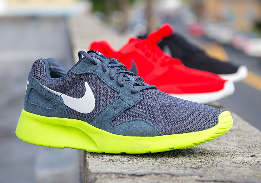nikes that look like roshes