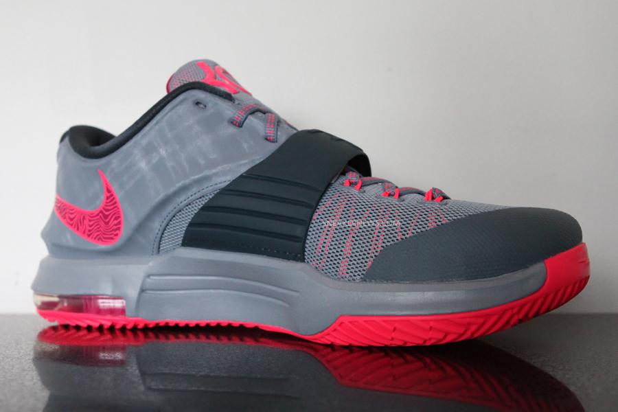 watch 758a2 b3ac7 Nike KD 7