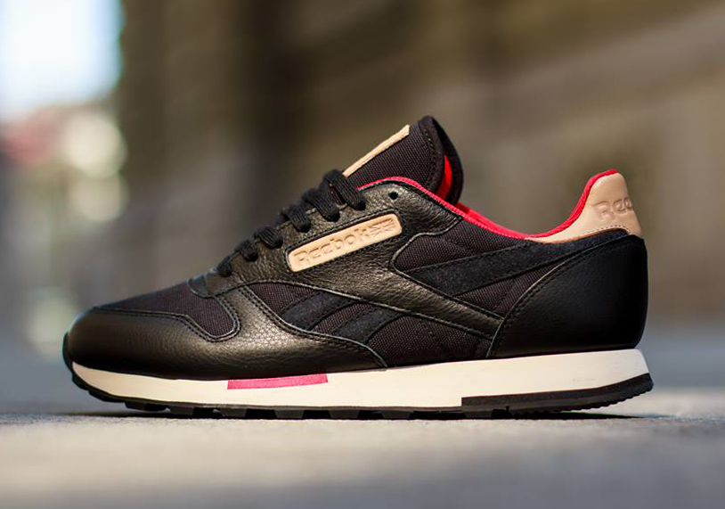 Reebok Classic Leather Utility Black Red