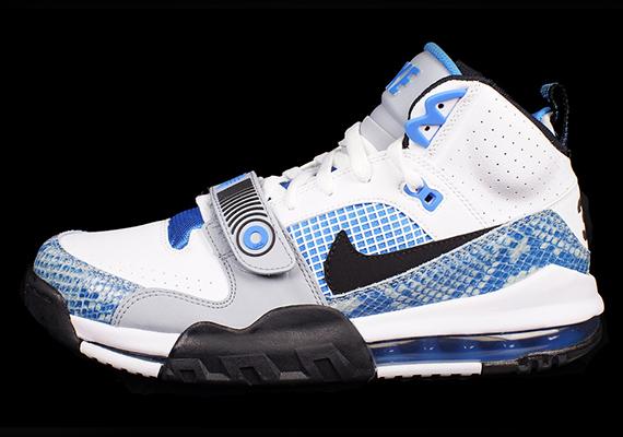 "online retailer 0d559 3e05b Nike Air Max Bo Jax ""Blue Snakeskin"""