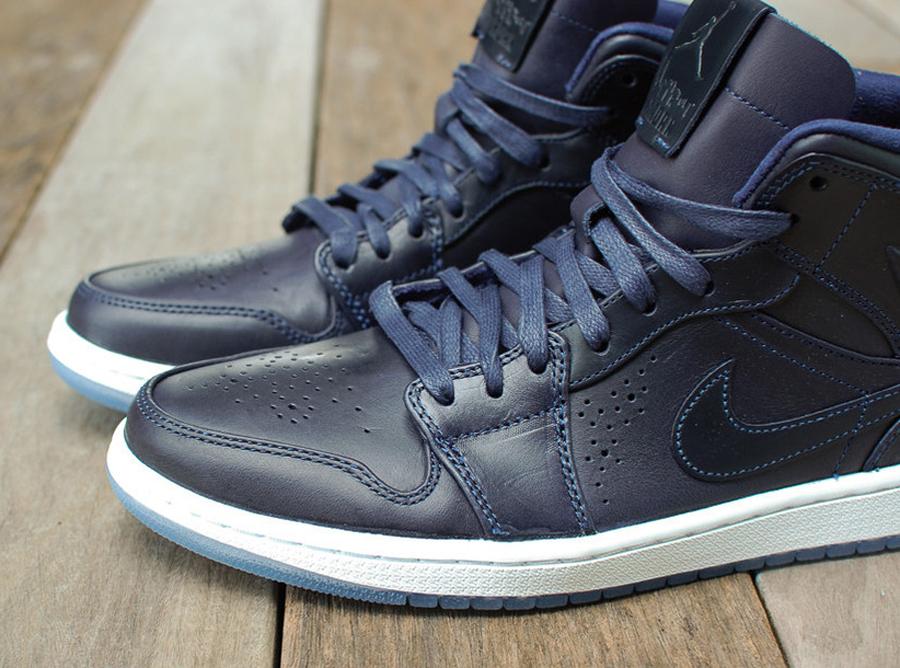 Nike Air Jordan 1 Retro Nouveau Mediados De Patinaje Sobre Hielo Marino De La Medianoche G4cRPp