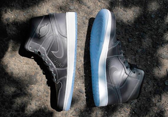 "new concept f84b6 30b42 Air Jordan 1 Mid Nouveau ""Wolf Grey"" – Available"