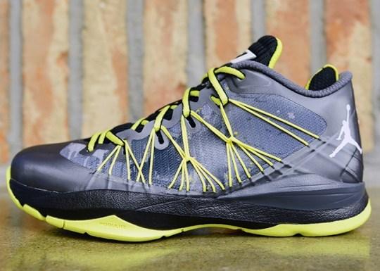 Jordan CP3.VII AE – Dark Grey – White – Black – Vibrant Yellow