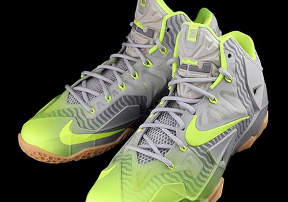 Nike LeBron 11 - Volt - Grey
