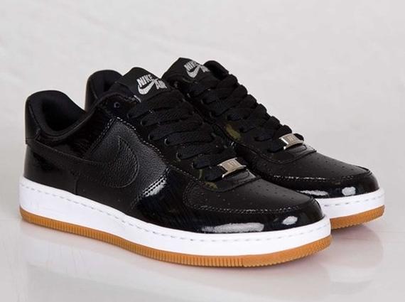 scarpe nike ginnastica nere - Nike Women's Air Force 1 Ultra Low - Black - Gum - SneakerNews.com
