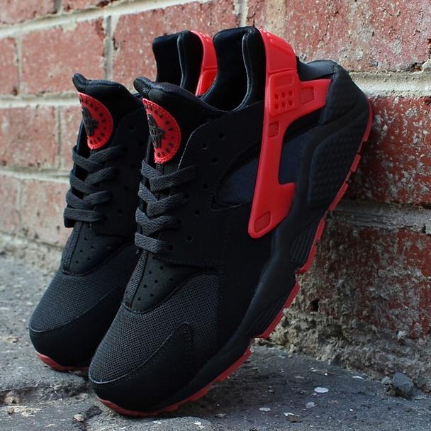 nike huarache shoes red