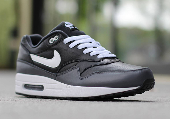 online store 30c53 3f019 Nike Air Max 1 - Black - White - Dark Grey - SneakerNews.com