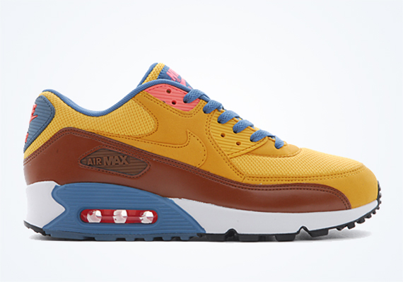 nike air max 90 university blue white essential